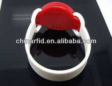 2.4GHz Active RFID Customize Wristbands, RFID Bluetooth Wristband