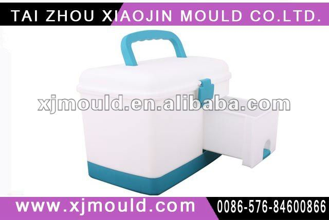 injection mould for plastic medicine container