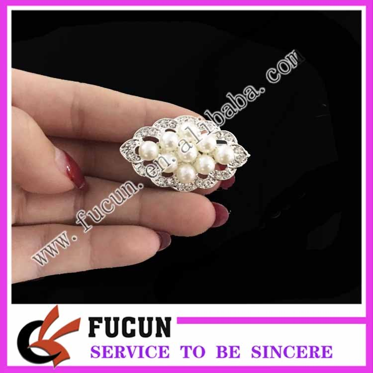 Unique small styles pearl pearl jewelry brooch for wedding gift
