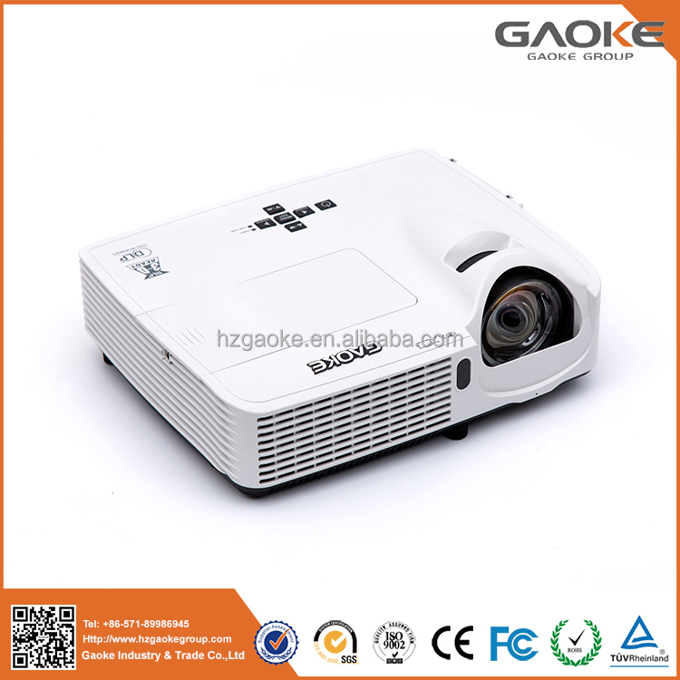 3000 lumens ultra short throw projector with high brightness-low price mini projector made in China for training
