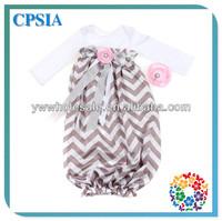 Black chevron chevron sleep sack bubble gown newborn with flower headband for baby