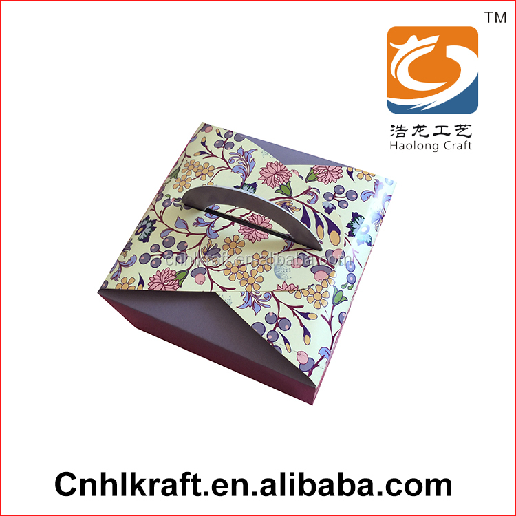 New design Popular cardboard with handle paper cardboard box