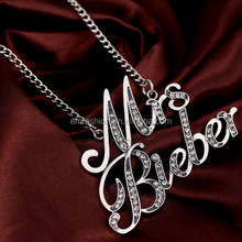 Customized Vintage Mrs Bieber Letters Crystal Pendant Teething Girls Justin Bieber Necklace