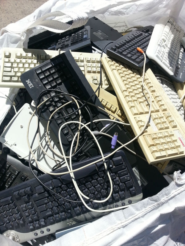 Scrap/Used Computer Keyboards