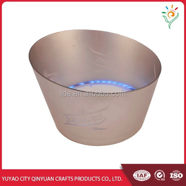 2016 hot sale plastic led ice bucket with led lighted