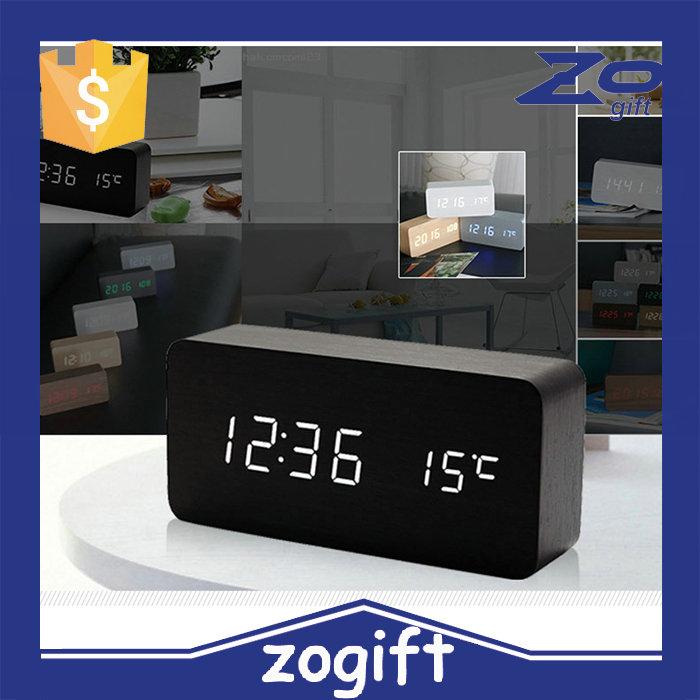 wanduhr digital holz inspirierendes design f r wohnm bel. Black Bedroom Furniture Sets. Home Design Ideas