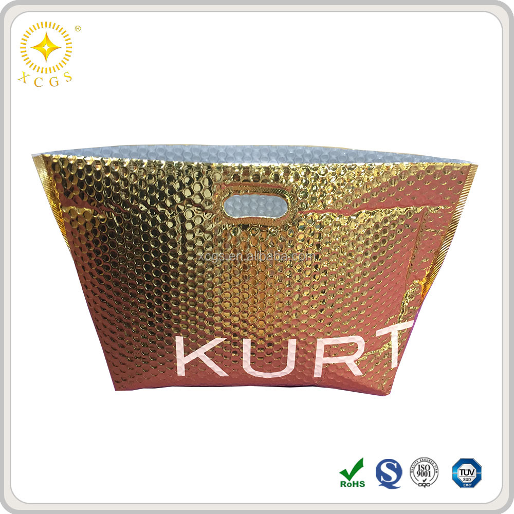 Thermal insulated metallic bubble bag with handle