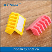 Boomray factory great design,smart and colorful nylon tube clip