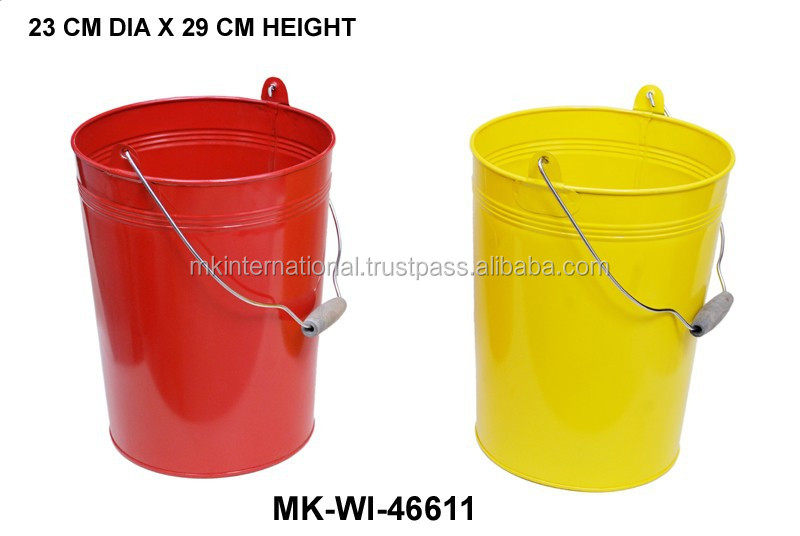 Galvanized Round Pail With Wooden Handle
