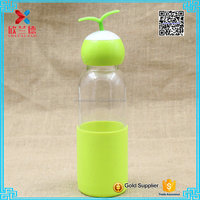 2016 most popular glass water bottle with silicone sleeve