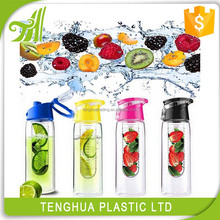 Eco friendly detox water bottle infuser 2017 new fruit infuser water bottle 700ml plastic raw material