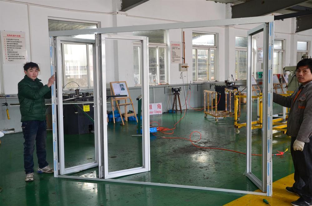 Accordion Garage Doors / Folding Door Aluminum / Bi Fold ...