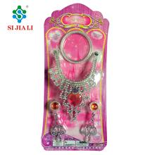 Wholesale Fashion Girls Beauty Play Set Toys Plastic Jewelry Toys