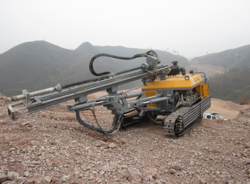 40 kw Mining Crawler Diesel directional drill with jack hammer
