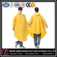 Wholesale Cheap Reusable PVC Raincoat/Rain Poncho