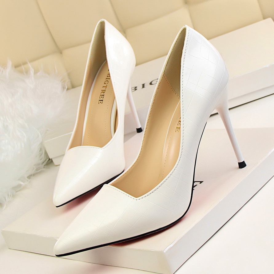 2019 shoes woman high <strong>heel</strong> sexy metal stiletto pointed pattern leather sexy high <strong>heels</strong>