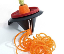 Hot Selling Kitchen Tool Salad Cutter Mini Spiral Slicer Carrot Peeler Spiral Vegetable Fruit Slicer