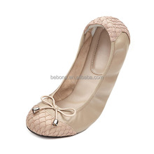 2018 New Wholesale Latest Design Women Soft Leather Lady Flat Shoes
