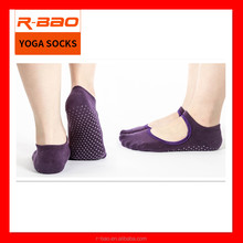 Wholesale Women Adult anti slip Fitness Massage Cotton yoga pilates sock