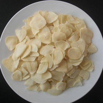Dried Garlic First Class Flakes