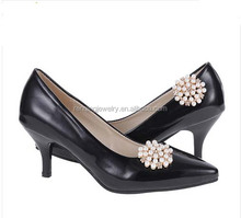hw3112 Wholesale pearl And Rhinestone Beads Shoe Clips For Woman Flat Shoes
