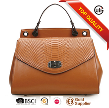 Stylish Italian leather lady handbag women flap hot taobao messenger bag