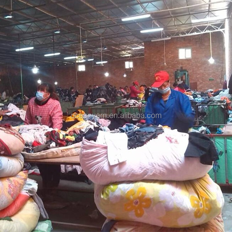 import bales of second hand used clothes in africa