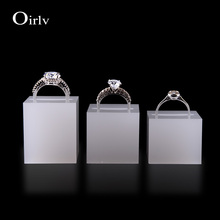 Oirlv Wholesale Custom High Quality White Perspex Rings Organizer Shop Counter Showcase Acrylic Jewelry Ring Holder with Notches