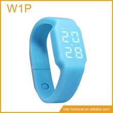 Silicone USB Rechargable pedometer Smart Bracelet 3D sensor fitness Calorie LED watch