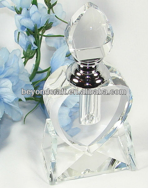 crystal glass bottle for oil or perfume as souvenir gifts