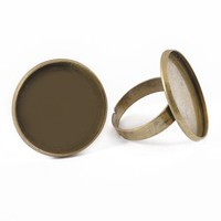 Latest Fashion Designs of Round Flat Shape Adjustable Metal Finger Ring Base