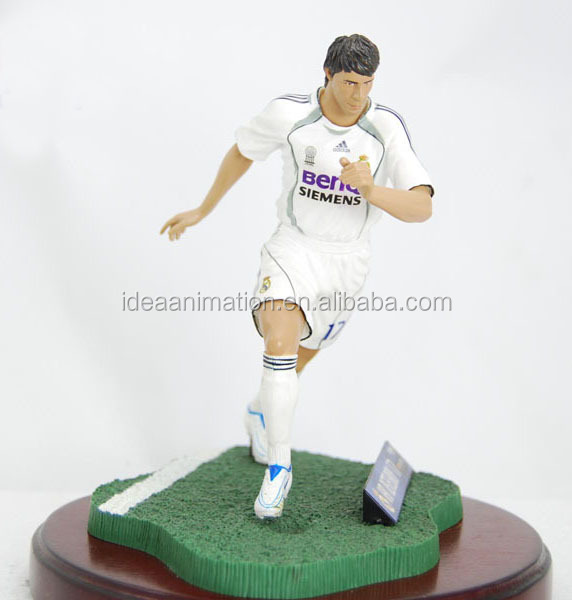 OEM custom made football polyresin figure sports statue manufacturer for boys gift