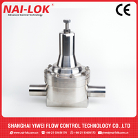 large size gas pressure regulator of PTFE seat