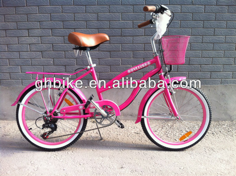 20 inch pink kitty girl beach cruiser bike