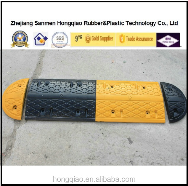 India market Refelctive Rubber Speed Hump