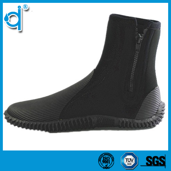 Fancy Stylish Comfortable Cheap Neoprene Rubber Boots