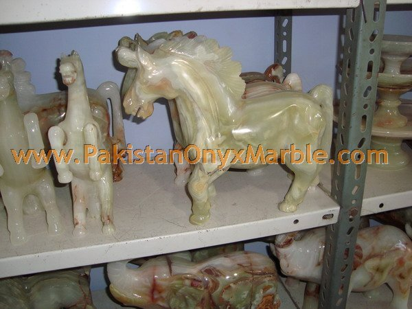 onyx Crafts Horse manufacturer and exporter from Pakistan