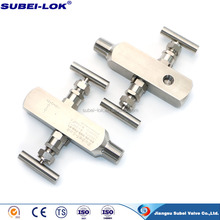 "1/2"" Stainless Steel High Pressure Gauge 2 Way Valve Manifold in China"