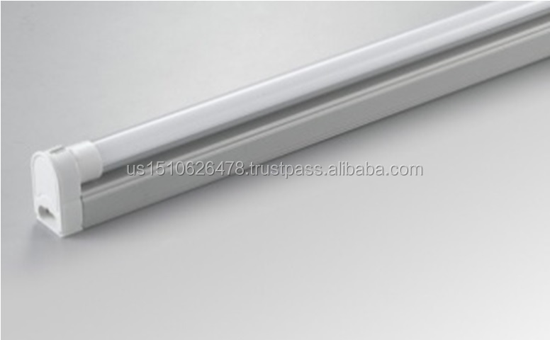 11W T5 LED Tube Factory Direct CE RoHS T8 3years warranty High brightness