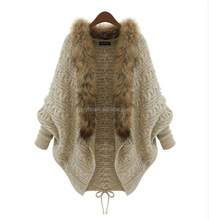 2017 Hot Selling Women Poncho with Fur Collar Bating Sleeves Cardigan Design for Ladies