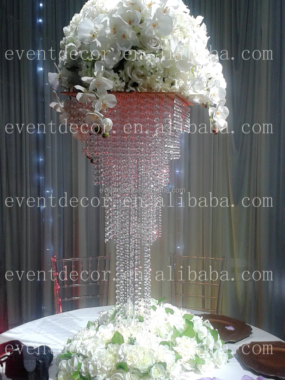 Shining crystal centerpieces for wedding table decorationsquare shining crystal centerpieces for wedding table decoration square wedding chandelier centerpieces aloadofball Image collections