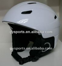 Well ventilated and lightweight child and adult visor ski helmet,material in best ABS shell and black EPS liner