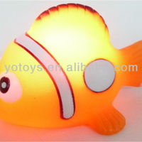 YTFT037A Small Floating Rubber Fish Light