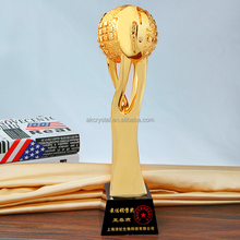 China pujiang factory supply top quality Prize items resin crystal oscar award trophy memento