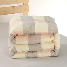 OEM Wholesale China Home Textile Warm Winter Hotel cotton Quilt Bed Quilt