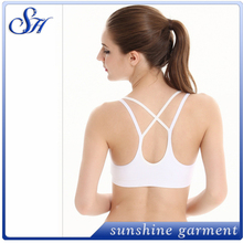 new design breathable criss cross sports bra top for women