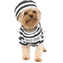 China Manufacture Pet Halloween Prisoner Costumes Suits Black Dog Apparel