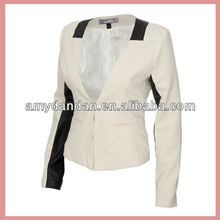 Sigle breasted fashion, formal women suit