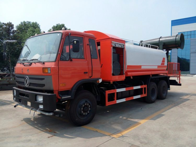 Dongfeng 6x4 chemical tanker sprayer truck price
