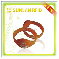 custom printing ISO 14443A smart nfc silicone wristband with rewritable chip for management(professional manuafcturer)